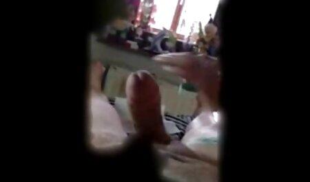 Mofos - Drei versaute Babes verwandeln eine Hausparty in eine Orgie deutsche pornoseiten kostenlos