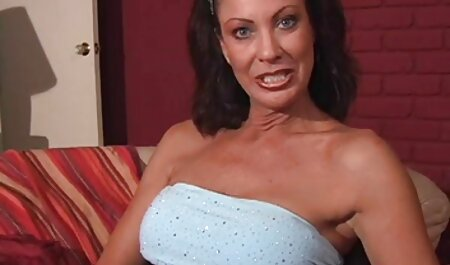 Sexy dt sexfilme MILF Halloween Show für dich