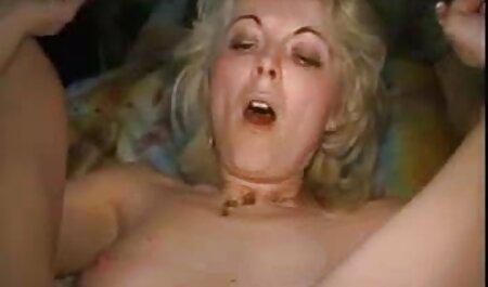 BDSM liebende junge Schlampe bekommt ihre Muschi abgeschnitten und mit einem Haken gefüllt deutscher sexfilm gratis