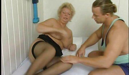 Hot Chick wird deutsche sexfilme kostenlos abgeholt und dann gefickt