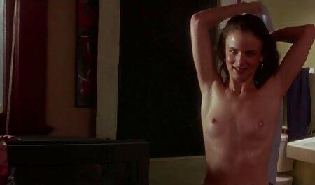 Geile japanische kostenlose private sexfilme Babe mit Sperma auf ihren großen Titten