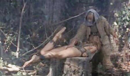 Amateur blonde MILF gibt deutsche sexfilme anschauen Blowjob 1