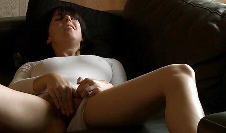 Geile deutsche pornofilme kostenlos anschauen Xena streichelt ihre rosa Muschi