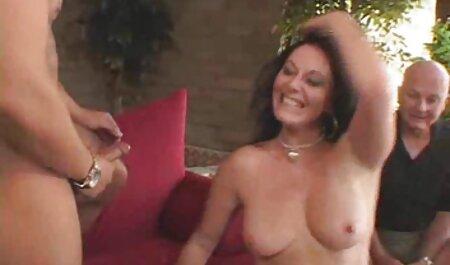 Blonde Milf reitet einen kostenlose sexfilme swingerclub großen Schwanz